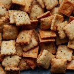сырные крекеры с тмином